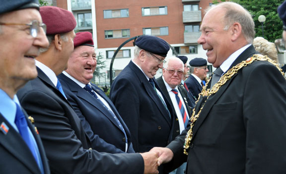 Lord Mayor meets the members
