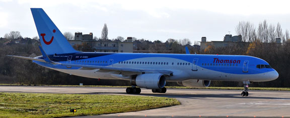 G-OOBH Thomson dreamliner